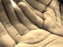 mani-in-preghiera